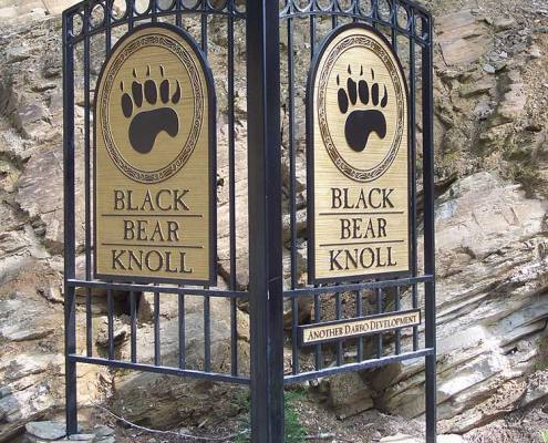 monument sign for black bear knoll