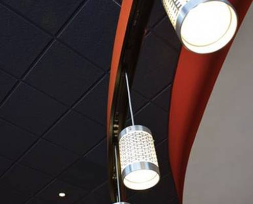 interior lighting at brixx pizza