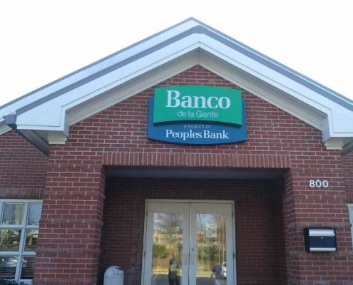 building sign at banco de la gente