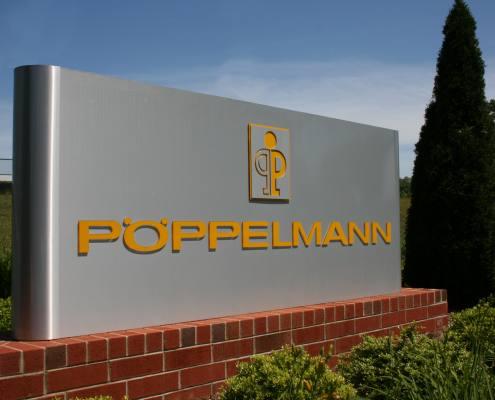 monument sign at poppelmann